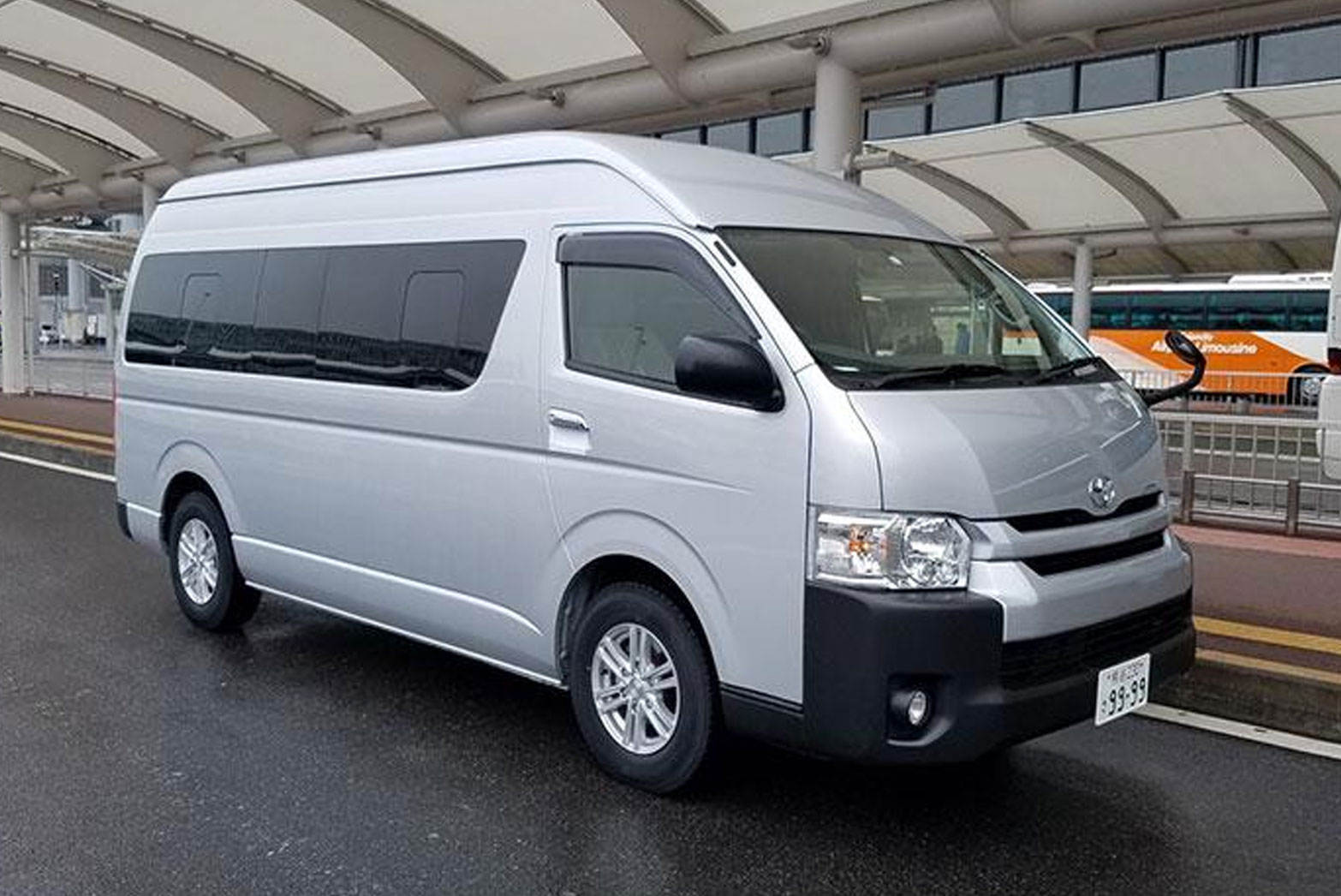 Toyota Hiace  (Japan)